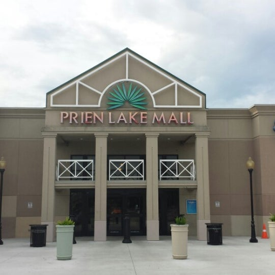 Best Department Stores in Lake Charles, LA - Dillard's, Marshalls, Kohl's - Lake Charles, Kmart, JCPenney, Target, Sam's Club, Ross Dress for Less, Aeropostale, Sears. Skip to Search Form Skip to Navigation Skip to Page Content Yelp.