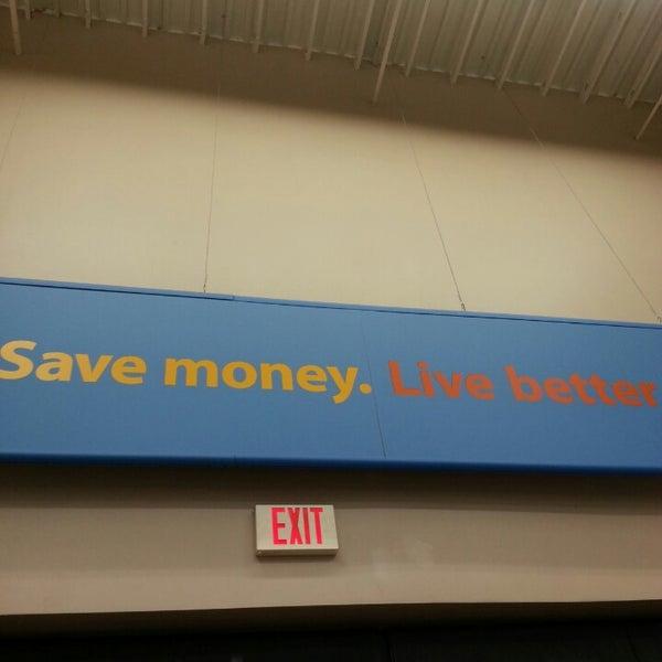 Photo taken at Walmart Supercenter by Leslie S. on 5/24/2014