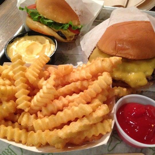 Photo taken at Shake Shack by Jennifer M. on 11/26/2012