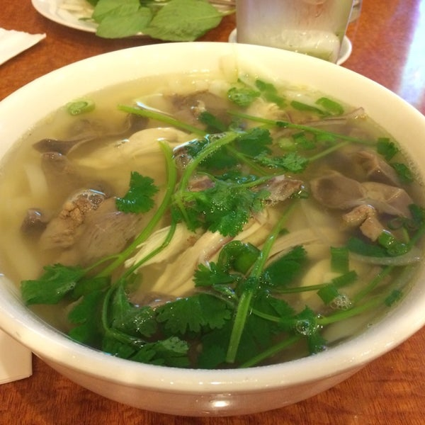 Photo taken at Joy Hing Noodle House 再興黃毛鷄粉 by Jae Z. on 10/14/2013