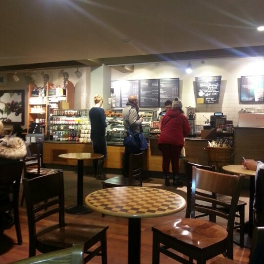 Photo taken at Starbucks by ირაკლი ტ. on 1/29/2013