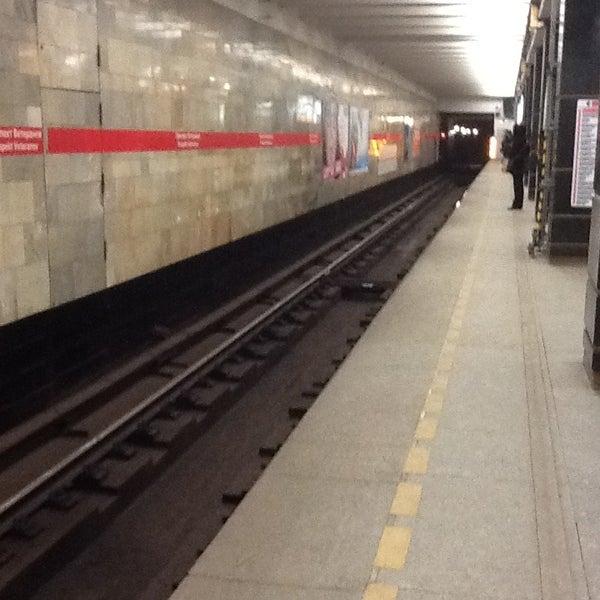 хостел метро ветеранов спб Малини: фильмография