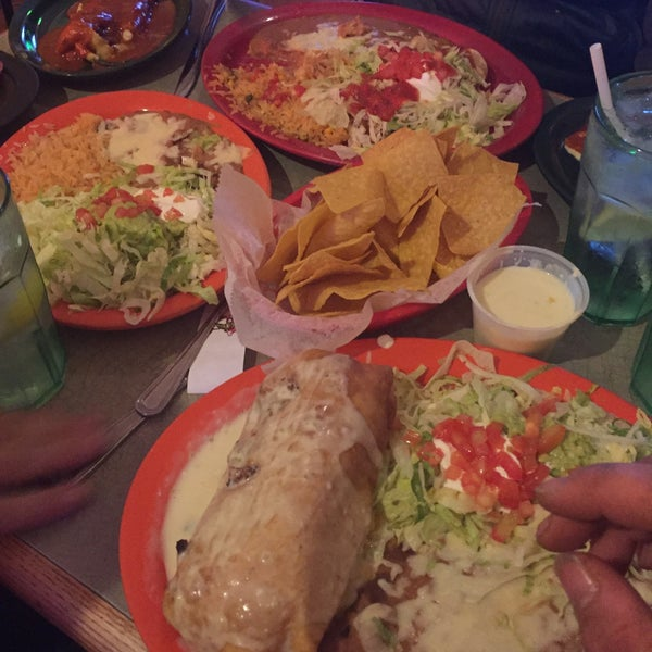 Photo taken at Rey Azteca Mexican Restaurant by 💀Charlie🇺🇸 B. on 2/27/2016