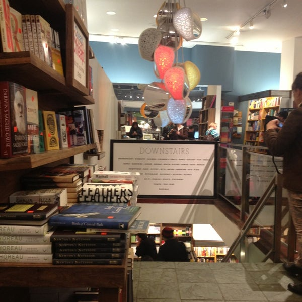 Photo taken at McNally Jackson Books by Ellie D. on 3/2/2013