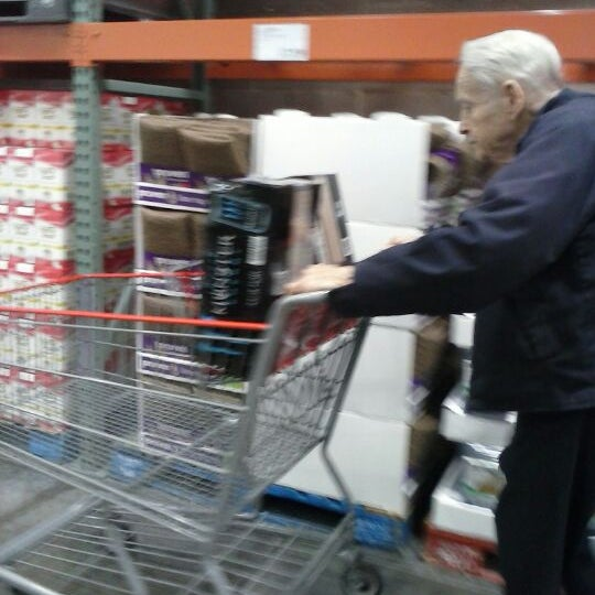 Photo taken at Costco by Ross V. on 12/21/2013