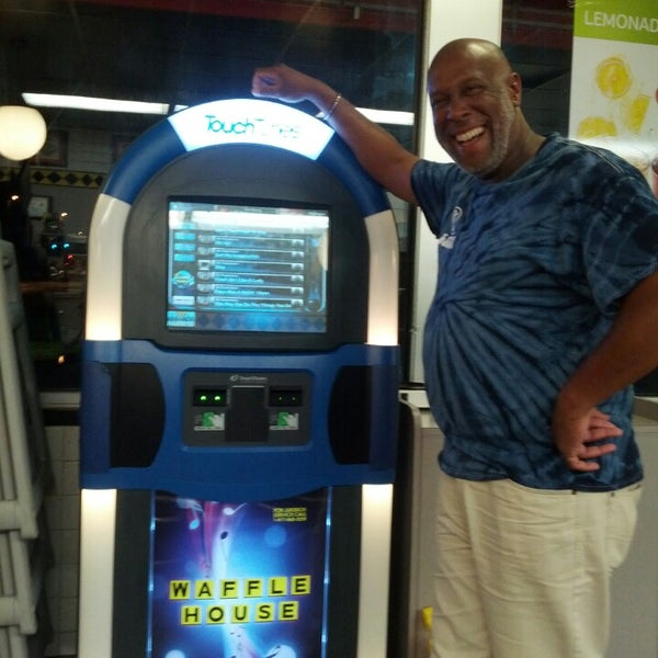 Photo taken at Waffle House by Forrest N. on 6/7/2013