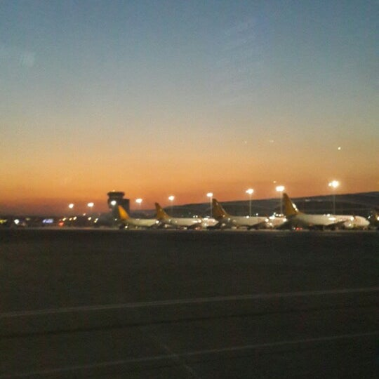 Photo taken at Sabiha Gökçen International Airport (SAW) by Dilan on 3/17/2014