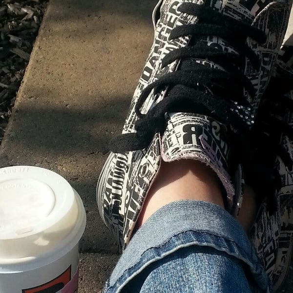 Photo taken at BIGGBY COFFEE by Heather H. on 5/30/2013