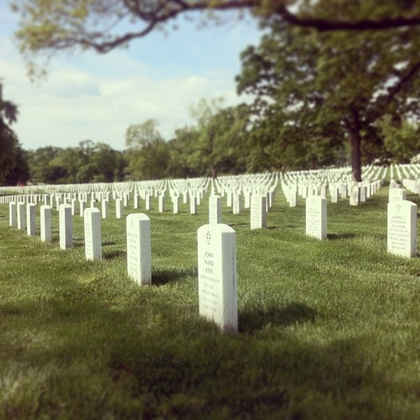 Photo taken at Arlington National Cemetery by Dmitry I. on 5/13/2013