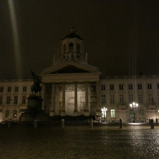 Photo taken at Paleizenplein / Place des Palais by Med.Reda R. on 12/21/2012