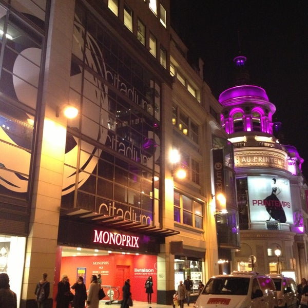 monoprix supermarket in paris. Black Bedroom Furniture Sets. Home Design Ideas