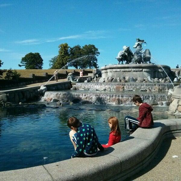 Photo taken at Gefionspringvandet (Gefion Fountain) by Rasmus F. on 7/16/2015