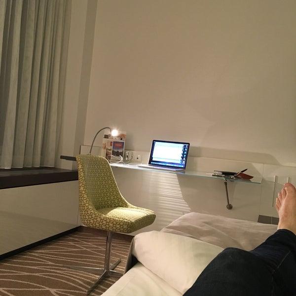 Photo taken at Steigenberger Airport Hotel by Achim H. on 3/9/2016