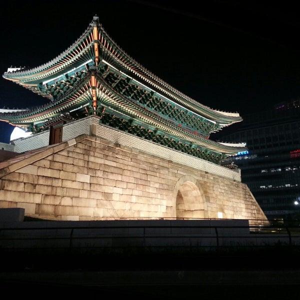 Photo taken at 숭례문 (崇禮門, Sungnyemun) by Hoyoun L. on 5/11/2013