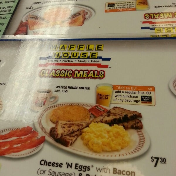 Photo taken at Waffle House by Zain N. on 3/2/2013