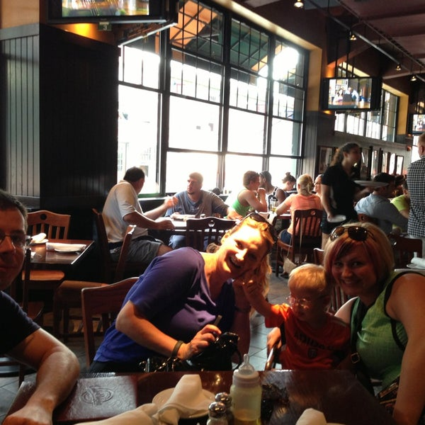 Photo taken at Cask 'n Flagon by Brandon W. on 7/20/2013