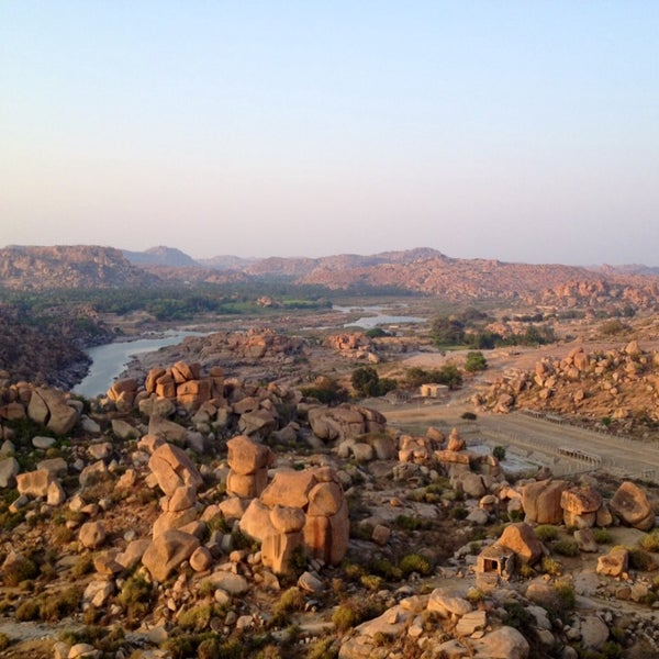 Where's Good? Holiday and vacation recommendations for Hampi, India. What's good to see, when's good to go and how's best to get there.