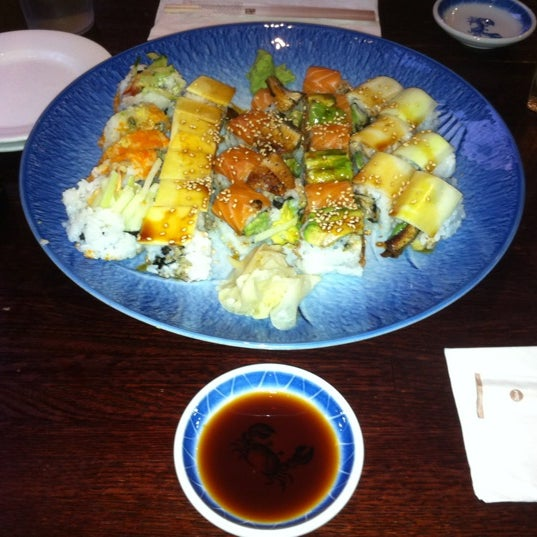 Photo taken at Sushi Lounge by Octane on 10/4/2012