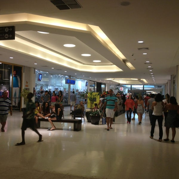 Photo taken at Shopping Recife by Honorio B. on 2/24/2013