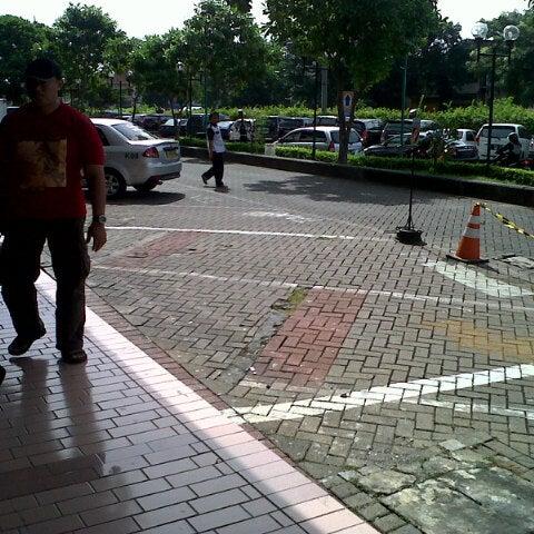 Photo taken at Pusat Grosir Jembatan Merah Plasa (JMP) by Betha Ananda P. on 7/7/2013