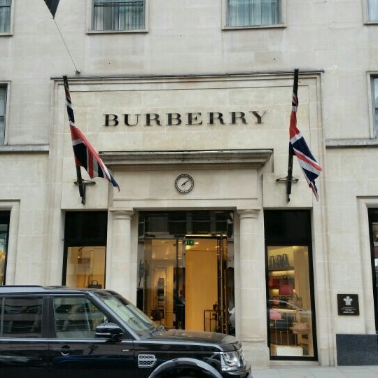 Photo taken at Burberry by Sissy Z. on 10/16/2015