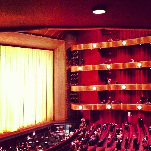Photo taken at New York City Ballet by Matt D. on 12/20/2012