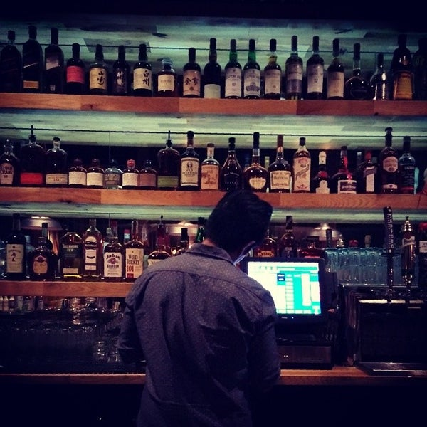 La whiskey bars for Bar food 12217 wilshire blvd los angeles ca 90025