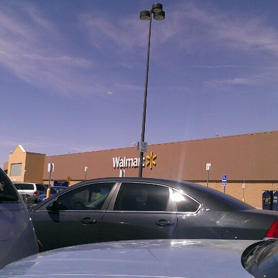 Photo taken at Walmart Supercenter by Deina G. on 4/7/2013