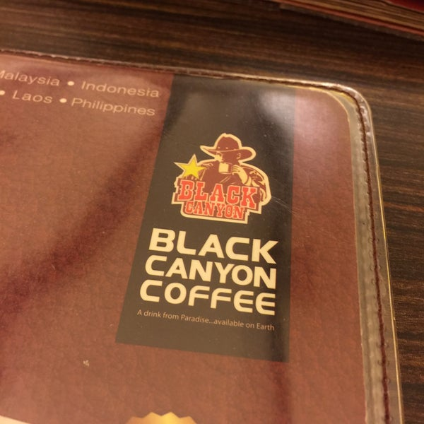 Photo taken at Black Canyon Coffee by عيش s. on 3/3/2016