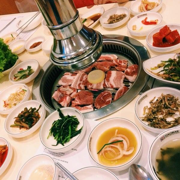 Photo taken at Daorae Korean BBQ Restaurant by Darren A. on 9/25/2014