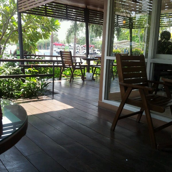 Photo taken at Cafe' Amazon @ PTT Pakthongchai by Thitima K. on 3/2/2013
