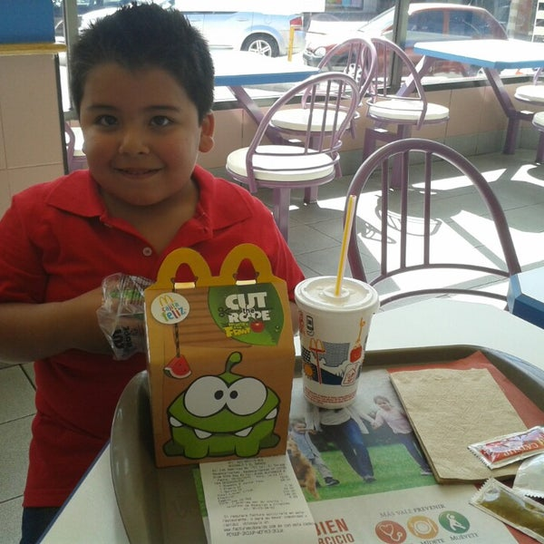 Photo taken at McDonald's by Edgar T. on 2/28/2015