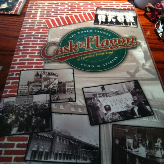 Photo taken at Cask 'n Flagon by Alex D. on 11/24/2012