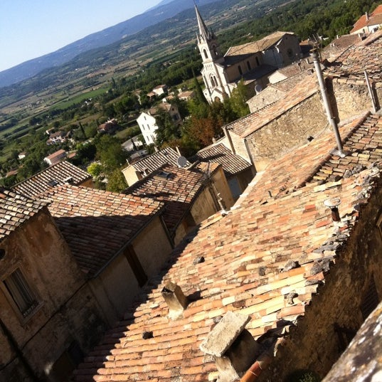 Photo taken at le luberon by Véronique B. on 10/28/2011