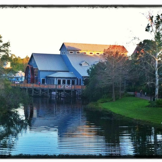 Photo taken at Disney's Port Orleans Riverside Resort by David B. on 3/14/2012