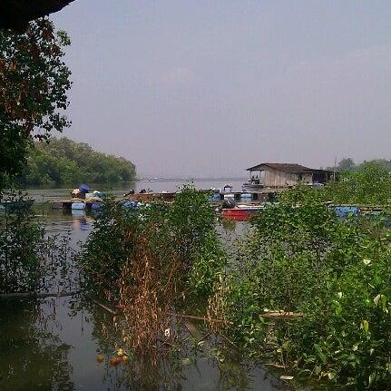 Photo taken at Kg Sg Melayu by mdraeim m. on 8/24/2012