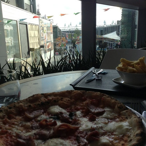 Photo taken at Franco Manca by Michelle B. on 7/29/2013