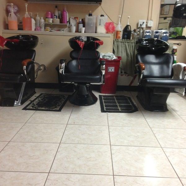 Arelis dominican hair salon salon barbershop in orlando - Barber vs hair salon ...