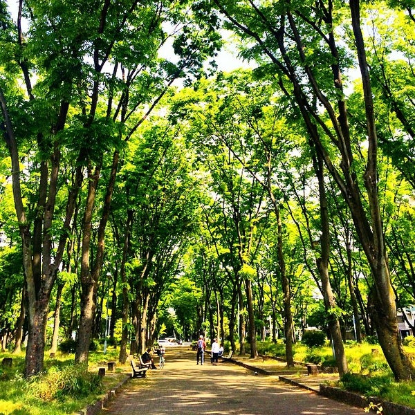 Photo taken at 久屋大通公園 リバーパーク by Shimotomania on 5/6/2015