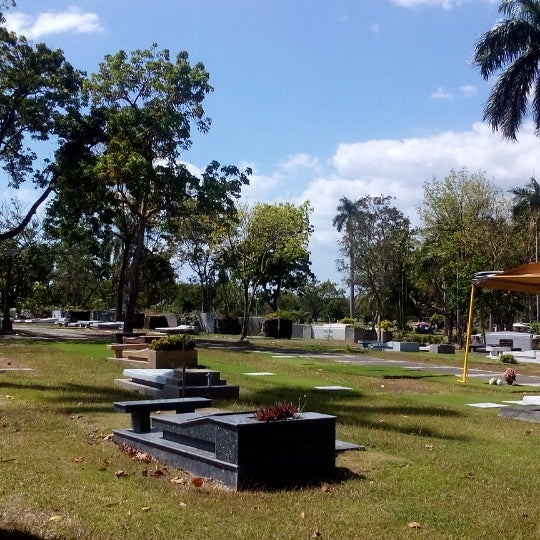 Photo taken at Manila Memorial Park by Suzette S. on 2/28/2015
