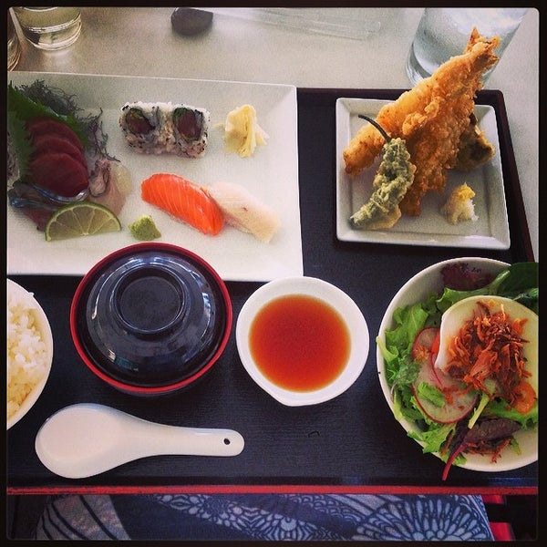 Photo taken at Morimoto Waikiki by Jess Z. on 3/4/2014
