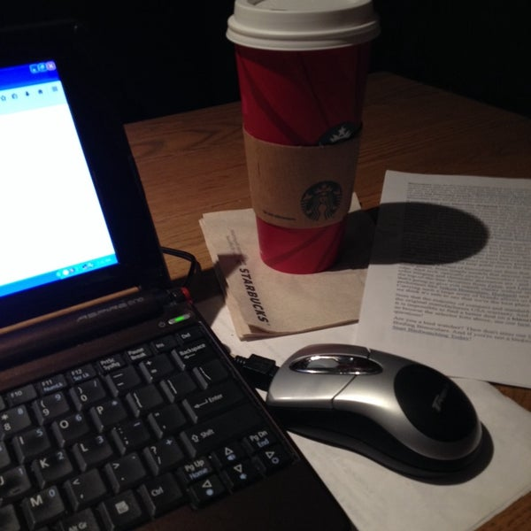 Photo taken at Starbucks by BTRIPP on 11/14/2014