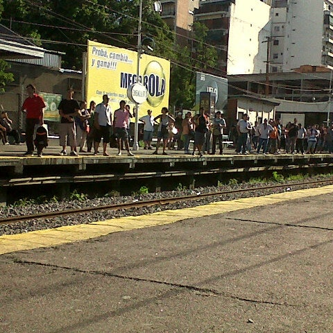 Photo taken at Estación Caballito [Línea Sarmiento] by chelologu on 1/10/2013
