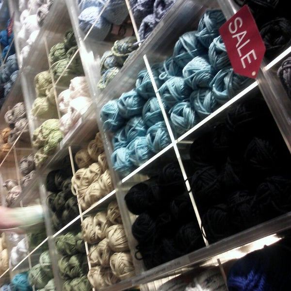 Lion brand yarn studio arts crafts store in new york for Art and craft stores nyc