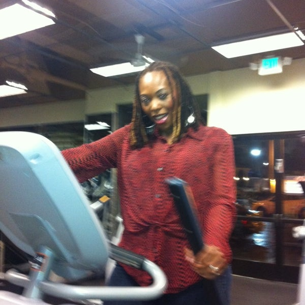Photo taken at 24 Hour Fitness by Constance P. on 3/31/2013