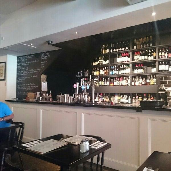 Photo taken at Mourne Seafood Bar by Eddie P. on 5/29/2016