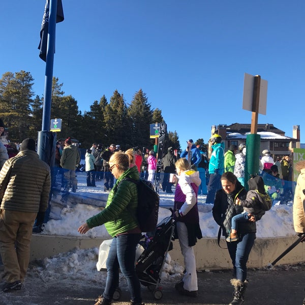 Photo taken at The Maggie at Peak 9 Base by Andrew B. on 12/29/2016
