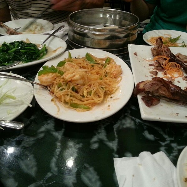 Photo taken at Sang Kee Peking Duck House by Youn Hee L. on 7/6/2013