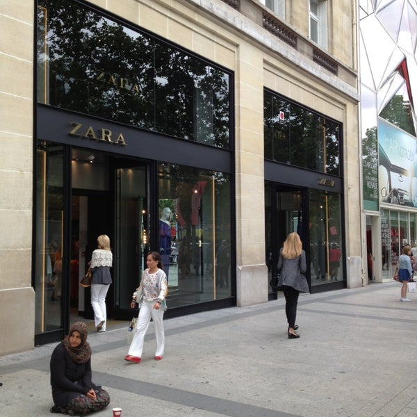 zara clothing store in paris. Black Bedroom Furniture Sets. Home Design Ideas