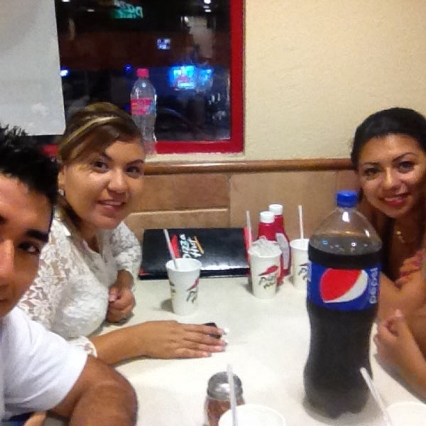 Photo taken at Pizza Hut by Edwin V. on 6/28/2013